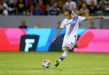 Landon donovan returns to Los Angeles Galaxy