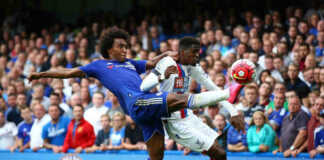 Willain in action Chelsea vs Crystal Palace