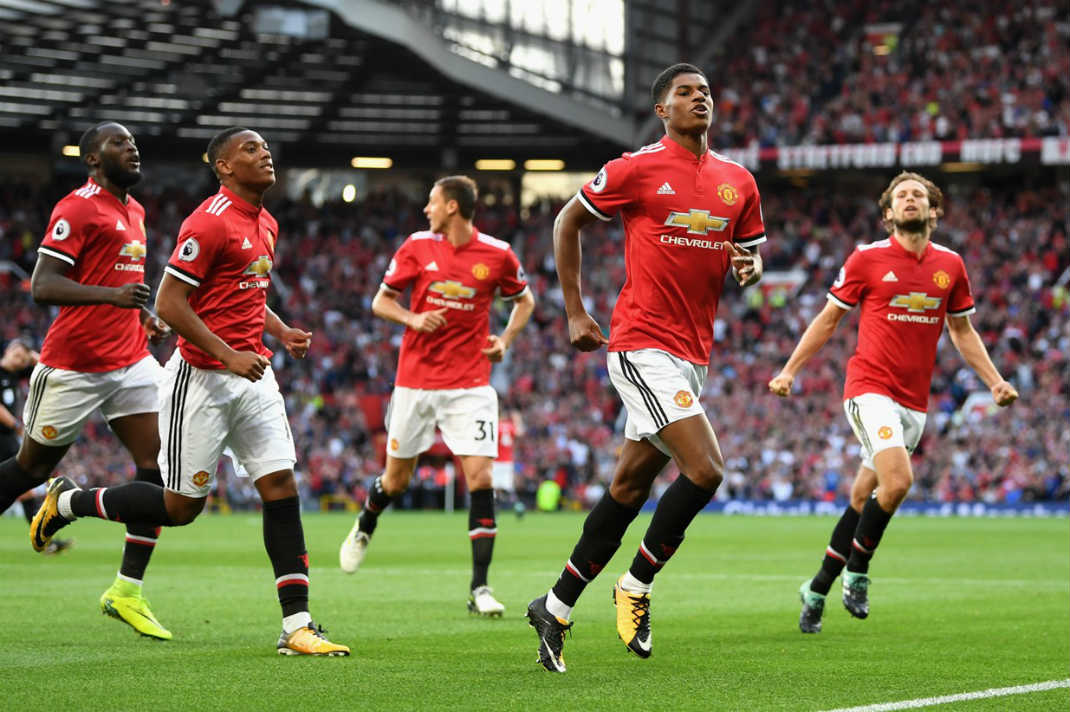 Manchester United Narrows Points Gap With City Rivals